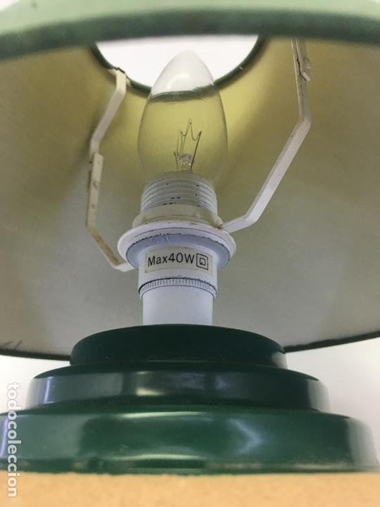 Segunda Mano: LAMPARA PARA SOBRE-MESA, CABLE CON INTERUCTOR, 27 CMS. ALTURA - Foto 4 - 171132683