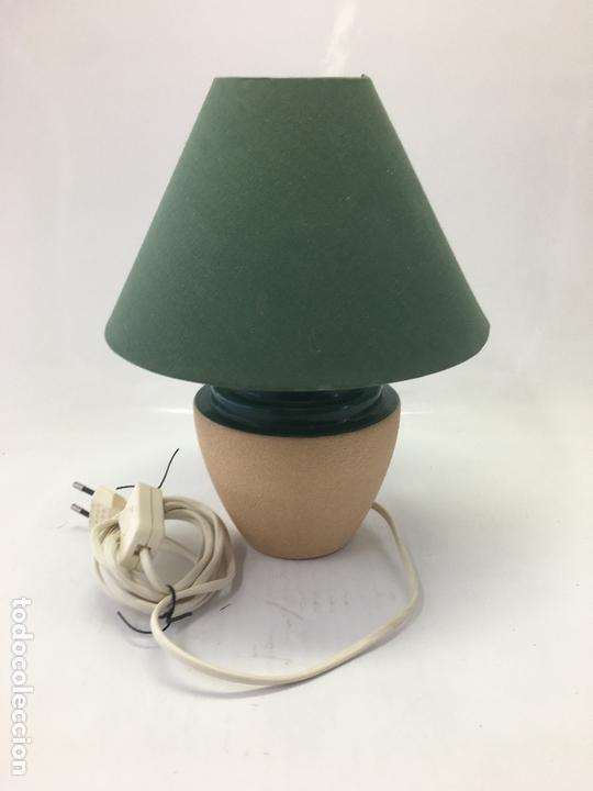 LAMPARA PARA SOBRE-MESA, CABLE CON INTERUCTOR, 27 CMS. ALTURA (Segunda Mano - Hogar y decoración)