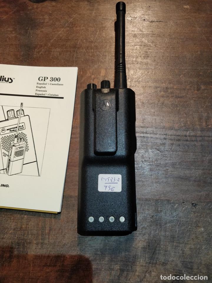 Segunda Mano: Pareja de Motorola Radios GP300 con manual de instrucciones original - Foto 5 - 194376675