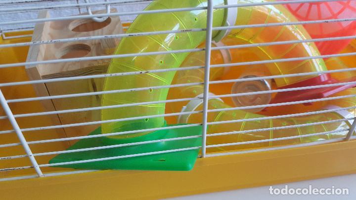 Segunda Mano: Jaula de hamster con comedero, bebedero, casita, escalera, plataforma y rueda PARESE COMPLETO - Foto 2 - 171634708