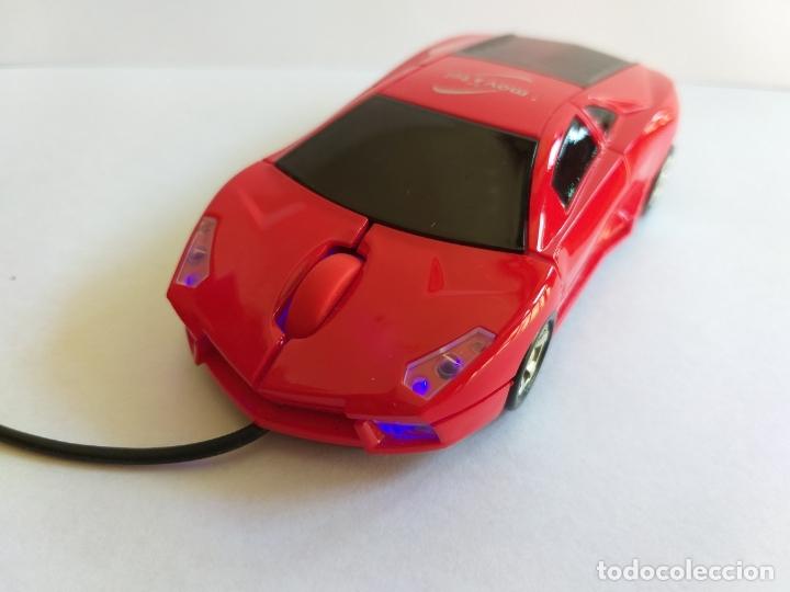 Segunda Mano: Ratón o mouse de ordenador. Forma de coche. Funciona y se ilumina los focos cuando enciende. Movatel - Foto 3 - 172156147
