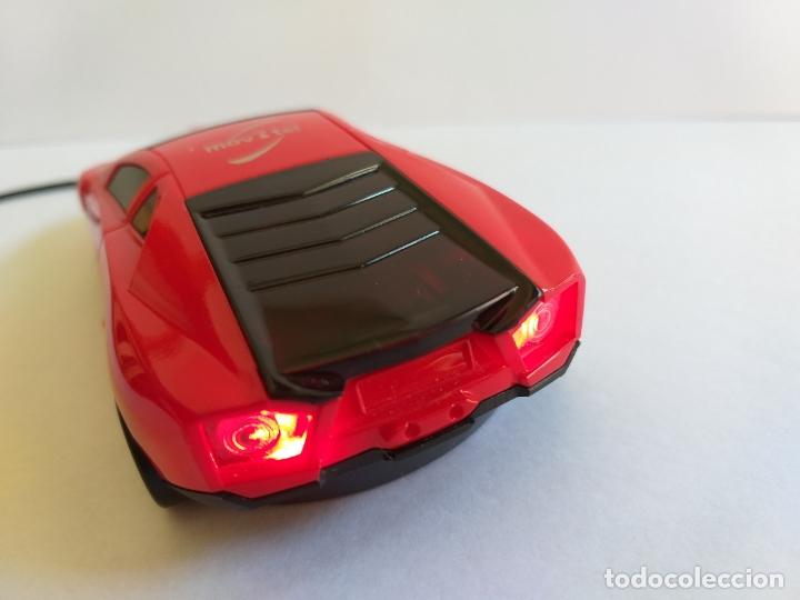Segunda Mano: Ratón o mouse de ordenador. Forma de coche. Funciona y se ilumina los focos cuando enciende. Movatel - Foto 4 - 172156147