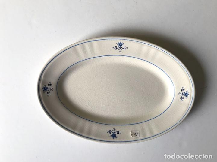 FUENTE DE LOZA PORTUGUESA. 30 X 21 CM (Segunda Mano - Hogar y decoración)