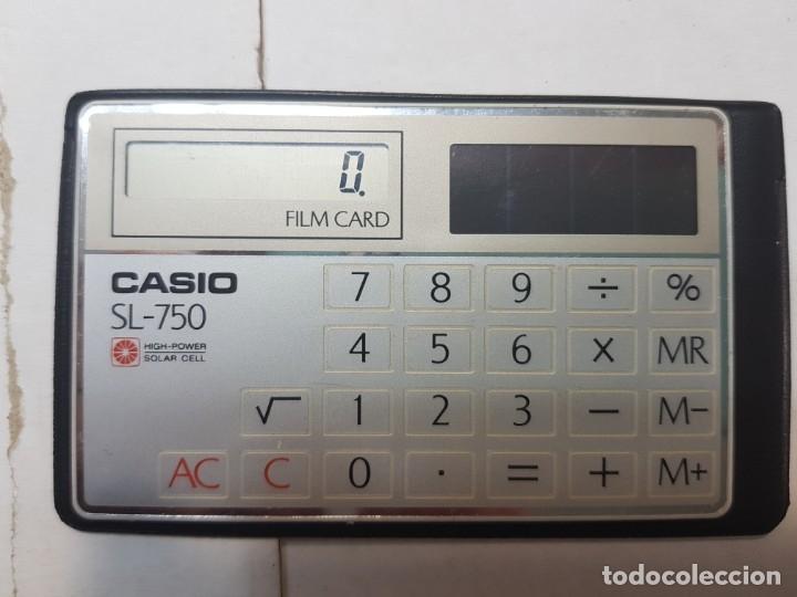CALCULADORA CASIO FILM CARD SL-750 FUNCIONANDO ESCASA EN FUNDA ORIGINAL (Segunda Mano - Artículos de electrónica)