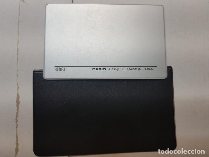 Segunda Mano: Calculadora Casio Film Card SL-750 funcionando escasa en funda original - Foto 3 - 173836972