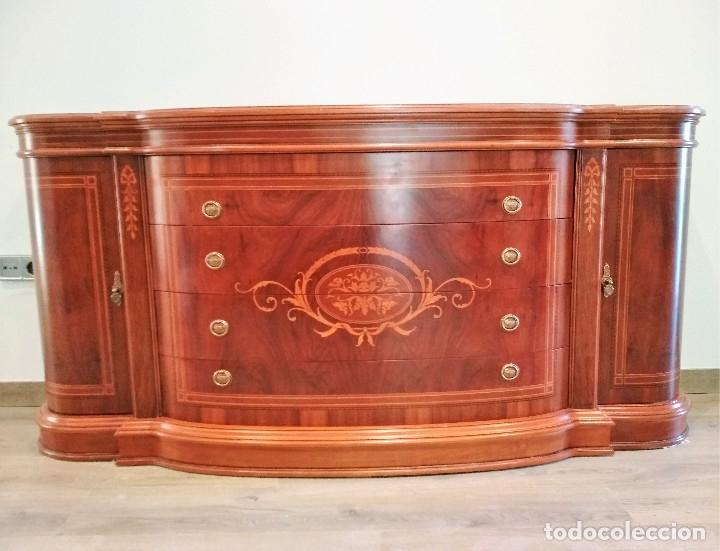 Segunda Mano: Mueble aparador en madera noble - Foto 3 - 174090545