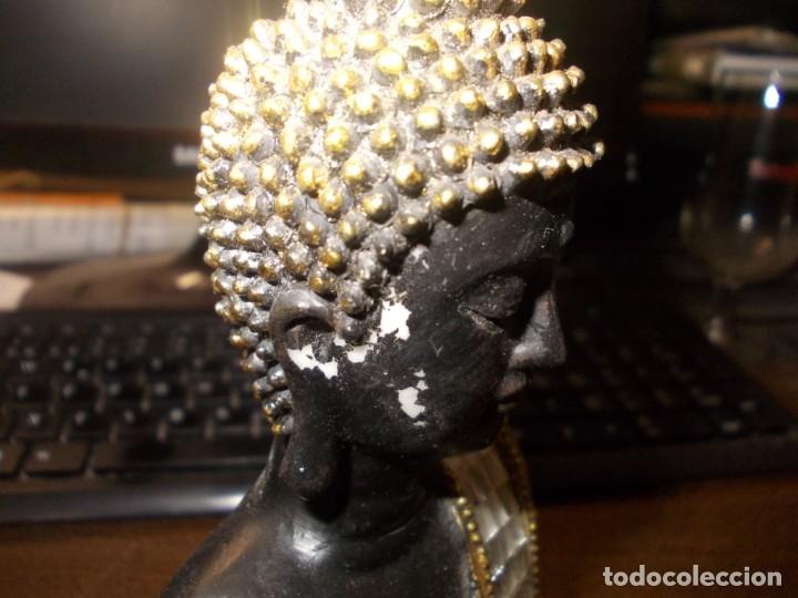 Segunda Mano: Figura tipo Buda en pasta con varios golpes y faltas, ver fotos. Mide 20 cm. alto - Foto 5 - 176723729