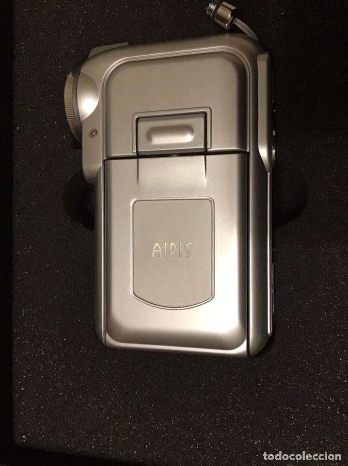 Segunda Mano: VIDEOCÁMARA AIRIS N729 - Prácticamente nueva con dos baterias - Foto 2 - 180280873