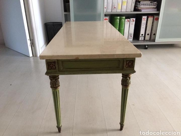 Segunda Mano: Mesa de madera de Sapelly. Tapa de marmol - Foto 2 - 182666112
