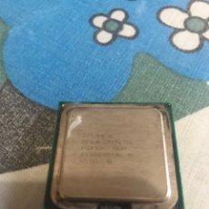 Segunda Mano: MICROPROCESADOR INTEL CORE2 DÚO 2.40GHZ SOCKET 775 1066MHZ. Lote 189691077