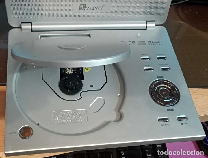 Segunda Mano: Reproductor de DVD portátil y Tele Nevir NVR-2740 DVD-PDTX, CON TDT HD - VINTAGE - Colección - Foto 4 - 190875071