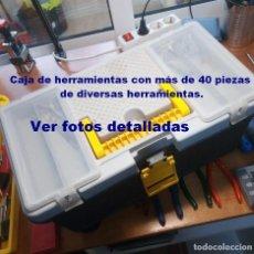 Segunda Mano: CAJA DE HERRAMIENTAS CON MÁS DE 40 PIEZAS DE DIVERSAS HERRAMIENTAS.. Lote 191335206