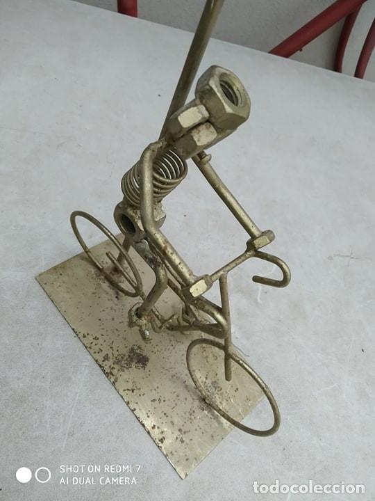Segunda Mano: escultura figura bicicleta con ciclista , original, decorativa - Foto 2 - 191982888