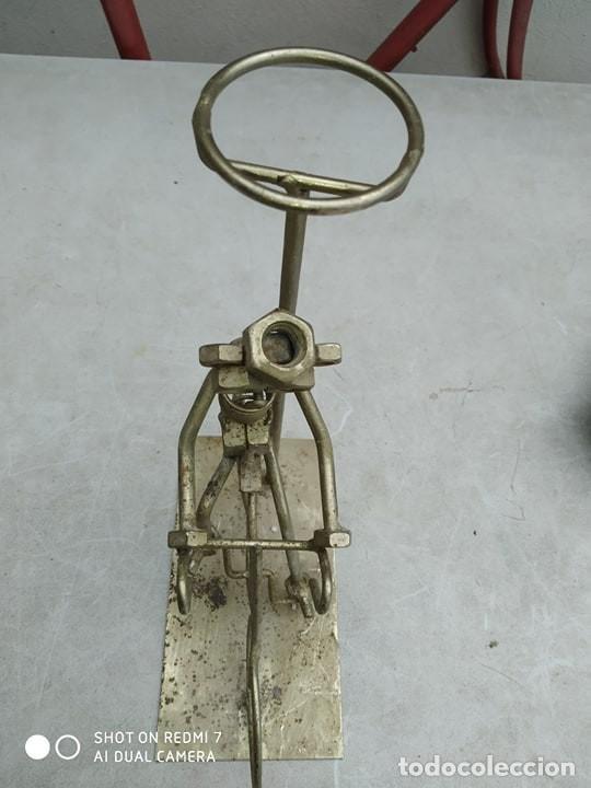 Segunda Mano: escultura figura bicicleta con ciclista , original, decorativa - Foto 3 - 191982888