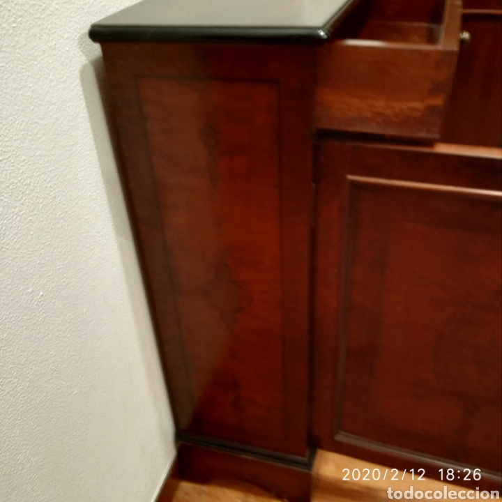 Segunda Mano: Aparador madera maciza - Foto 4 - 171526793