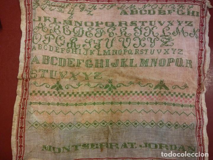 TRABAJO DE ESCUELA BORDADO. MONTSERRAT JORDANA. MEDIDAS 45*45 (Segunda Mano - Hogar y decoración)