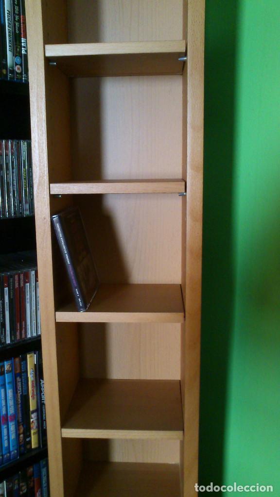 Segunda Mano: estanteria BILLY de IKEA con baldas -20x17x200cm- en buen estado (Barcelona) - Foto 2 - 195342493