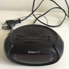 Segunda Mano: SELECLINE. RELOJ RADIO DESPERTADOR ALARMA ELÉCTRICO Y A PILAS. Lote 195347497