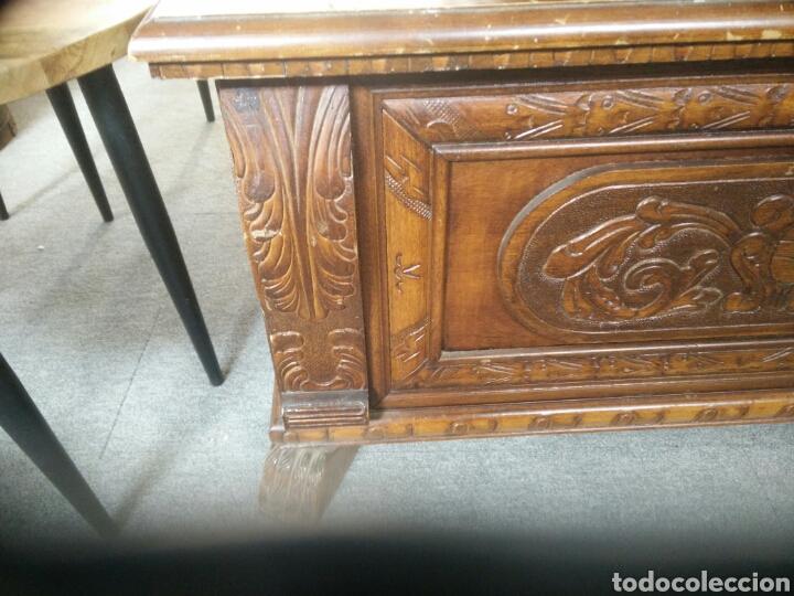 Segunda Mano: Arca o baul tallado muy bonito L R - Foto 9 - 132866171