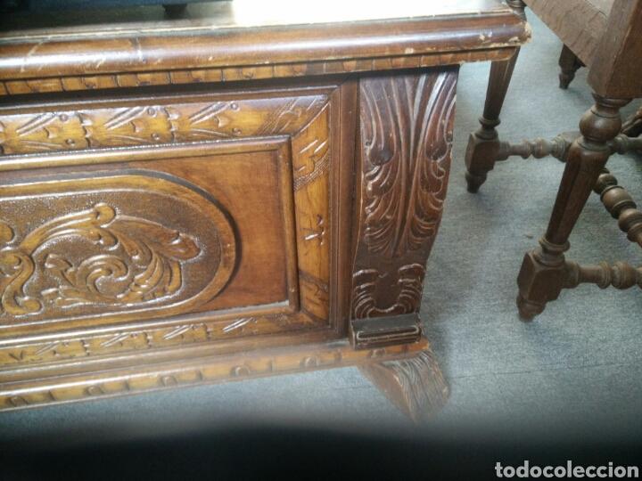 Segunda Mano: Arca o baul tallado muy bonito L R - Foto 10 - 132866171