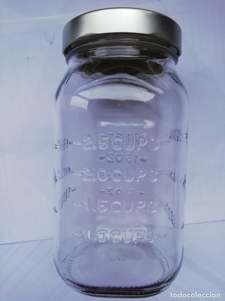 Segunda Mano: Tarros de cristal con medidor Un Litro medidas . Están para recoger en Murcia - Foto 2 - 199267318