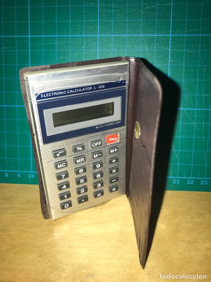 CALCULADORA BOLSILLO - ELECTRONIC CALCULATOR L-838 (Segunda Mano - Artículos de electrónica)