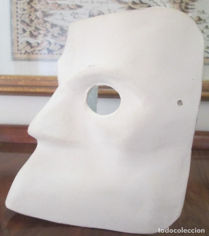 Segunda Mano: Pareja de mascaras venecianas. Originales de Venecia, hechas a mano en papel. - Foto 4 - 205357107