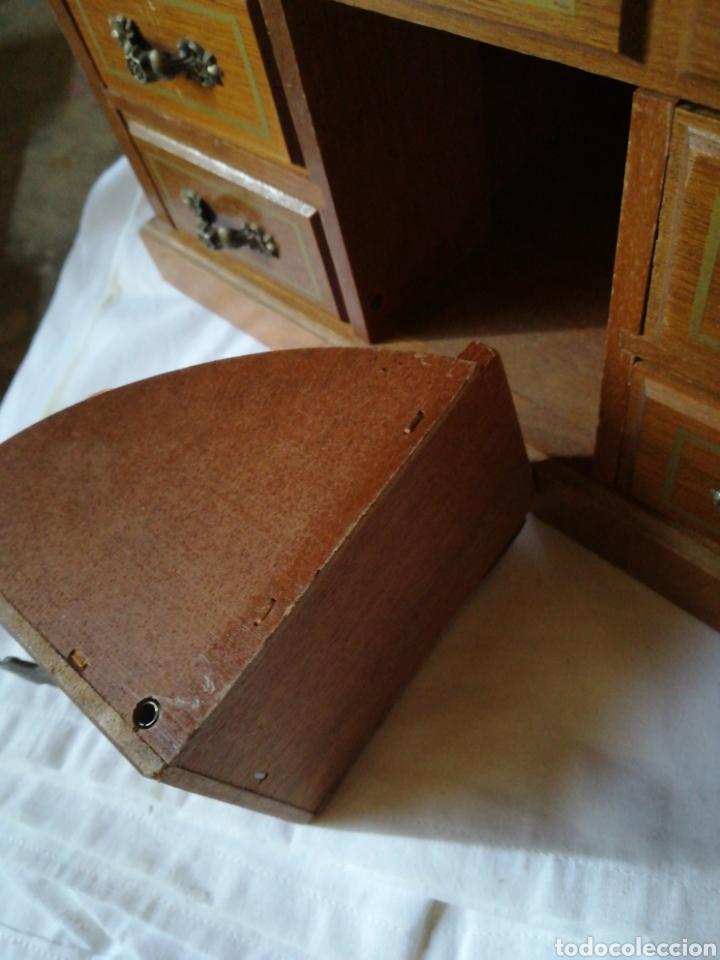 Segunda Mano: Joyero madera con cajones y espejo, años 80 - Foto 3 - 205361705