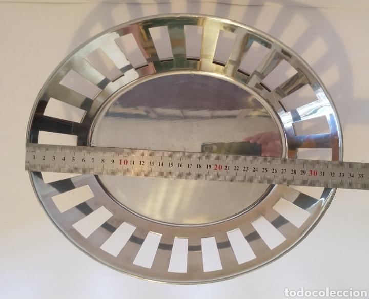 Segunda Mano: Bandeja frutero de acero inoxidable. 33 x 28 cm. - Foto 5 - 205579362