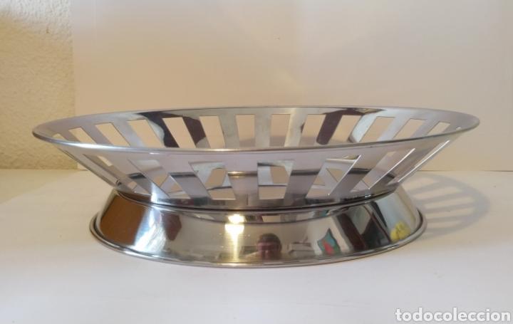 Segunda Mano: Bandeja frutero de acero inoxidable. 33 x 28 cm. - Foto 3 - 205579362
