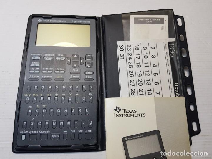CALCULADORA DIGITAL PLANNER TEXAS INSTRUMENTS CON MANUAL 1995 (Segunda Mano - Artículos de electrónica)