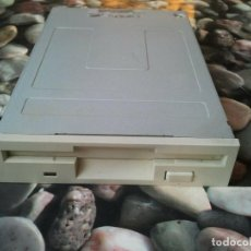 "Segunda Mano: ANTIGUA DISQUETERA SAMSUNG FLOPPY DISK DRIVE 3,5"" 1,44 MB IBM PC HP SONY APPLE. Lote 206891727"