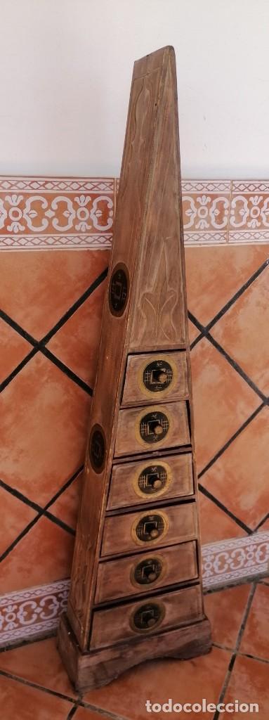 MUEBLE PIRÁMIDE CON 6 CAJONERAS, HECHO A MANO, SEGUNDA MANO (Segunda Mano - Hogar y decoración)