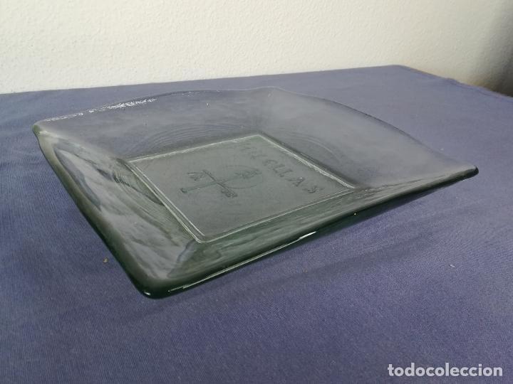 Segunda Mano: Plato cuadrado de vidrio - Huellas - 25 x 25 cm, peso 1800 gr - Foto 2 - 212208415