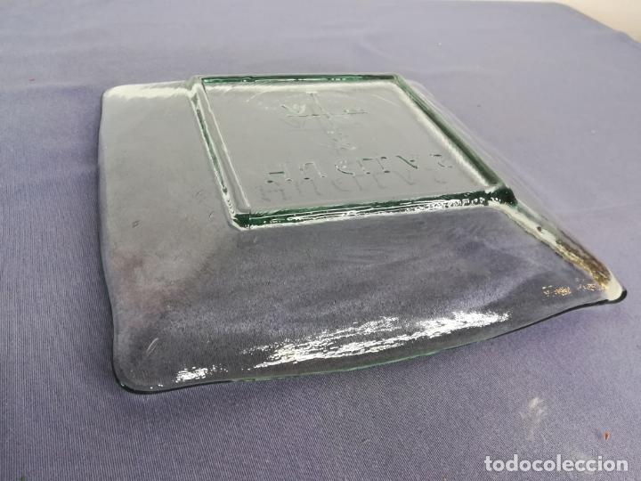 Segunda Mano: Plato cuadrado de vidrio - Huellas - 25 x 25 cm, peso 1800 gr - Foto 7 - 212208415