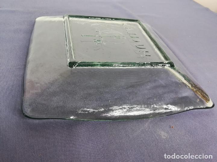 Segunda Mano: Plato cuadrado de vidrio - Huellas - 25 x 25 cm, peso 1800 gr - Foto 10 - 212208415