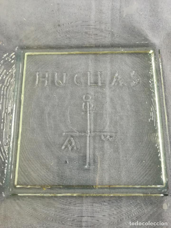 Segunda Mano: Plato cuadrado de vidrio - Huellas - 25 x 25 cm, peso 1800 gr - Foto 11 - 212208415