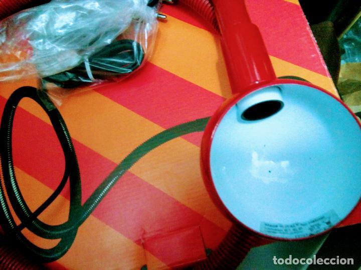 Segunda Mano: Lampara portátil adaptable suelo o mesa,sofá,silla. Totalmente flexible . Italy.modelo Hebí. Hábitat - Foto 3 - 219917640