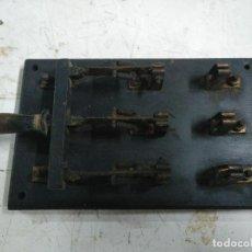 Segunda Mão: INTERRUPTOR ELÉCTRICO DE PALANCA ANTIGUO VINTAGE. Lote 221071756