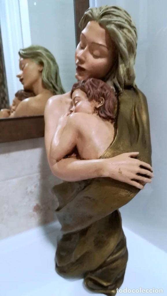 Segunda Mano: BONITA FIGURA MADRE E HIJO DE MARMOLINA PINTADA A MANO - Foto 6 - 221459703