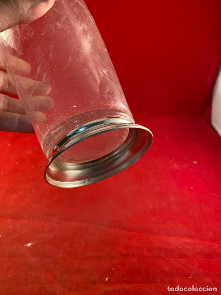 Segunda Mano: Botella Cristal cuello plata - Foto 3 - 221661882