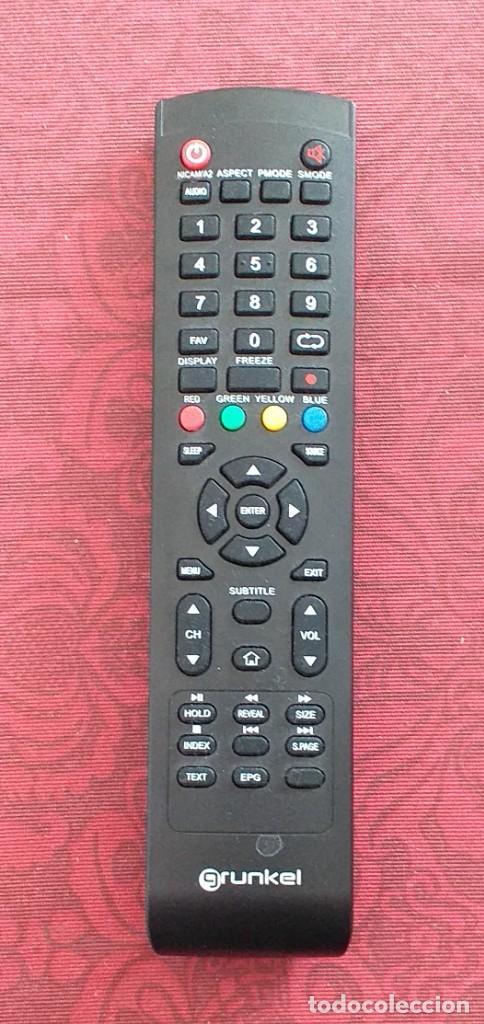 MANDO A DISTANCIA. TV GRUNKEL. TELEVISIÓN. 22 CM. COMO NUEVO! (Segunda Mano - Artículos de electrónica)