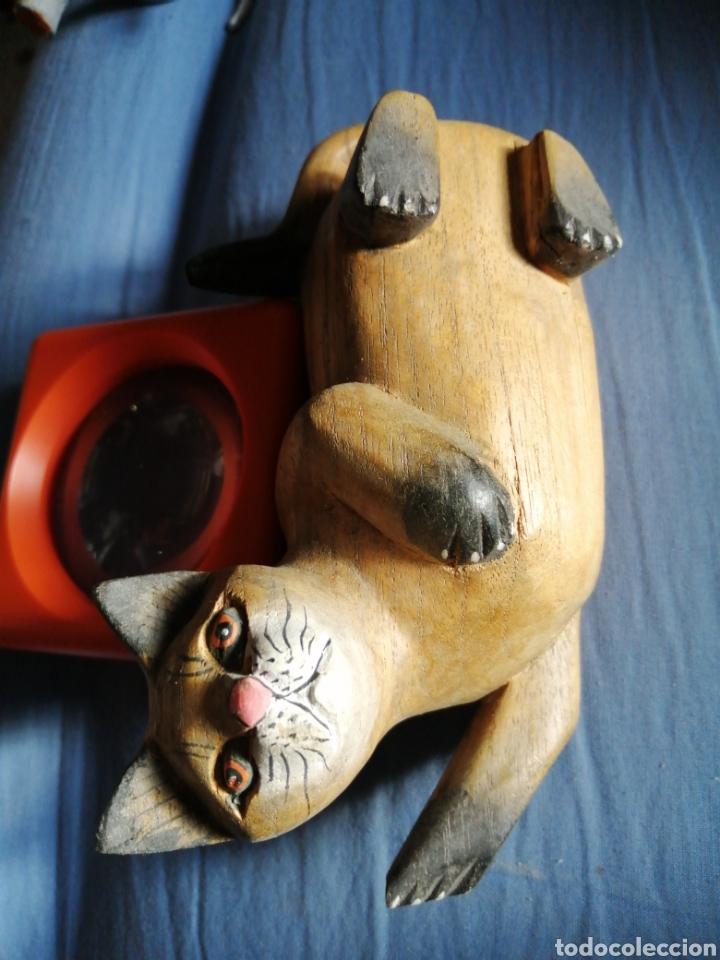 Segunda Mano: Gato de madera de 16 cm por 9 - Foto 2 - 224333218