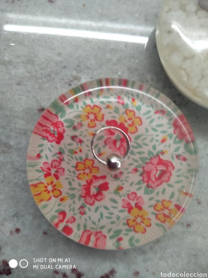 Segunda Mano: Accesorios baño y 2 tapones decorativos lavabo - Foto 15 - 236197530