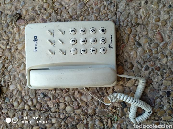 Segunda Mano: Antiguo teléfono forma blanco - Foto 2 - 236522775