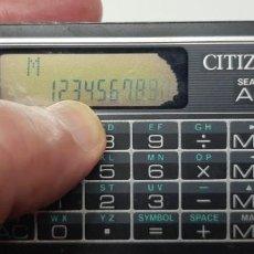 Segunda Mano: MAGNIFICA CALCULADORA ANTIGUA BATERIA PILA CITIZEN MODELO MB-200 CON AGENDA TELEFÓNICA VINTAGE. Lote 241104610