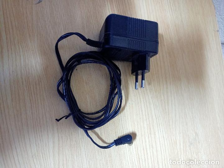 TRANSFORMADOR CARGADOR 6 V - 200 MA (Segunda Mano - Artículos de electrónica)