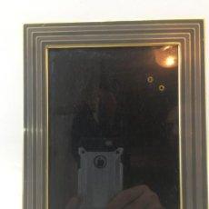 Segunda Mano: MARCO PORTA FOTO PARA SOBREMESA - METAL - INTERIOR 17 X 12 CM - REF. MAR-04. Lote 243055890