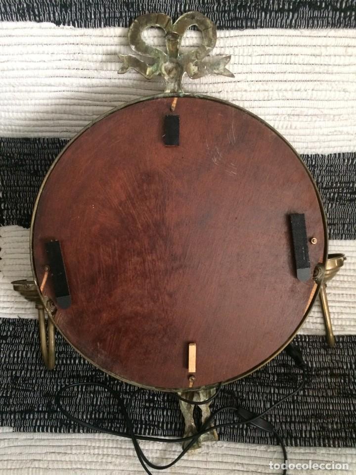 Segunda Mano: Espejo en bronce y latón con apliques funcionando ver - Foto 11 - 251028545