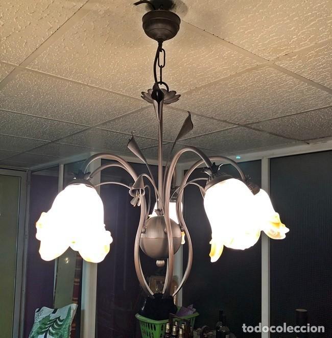 Segunda Mano: LAMPARA DE TECHO TULIPAN - Foto 4 - 253446885